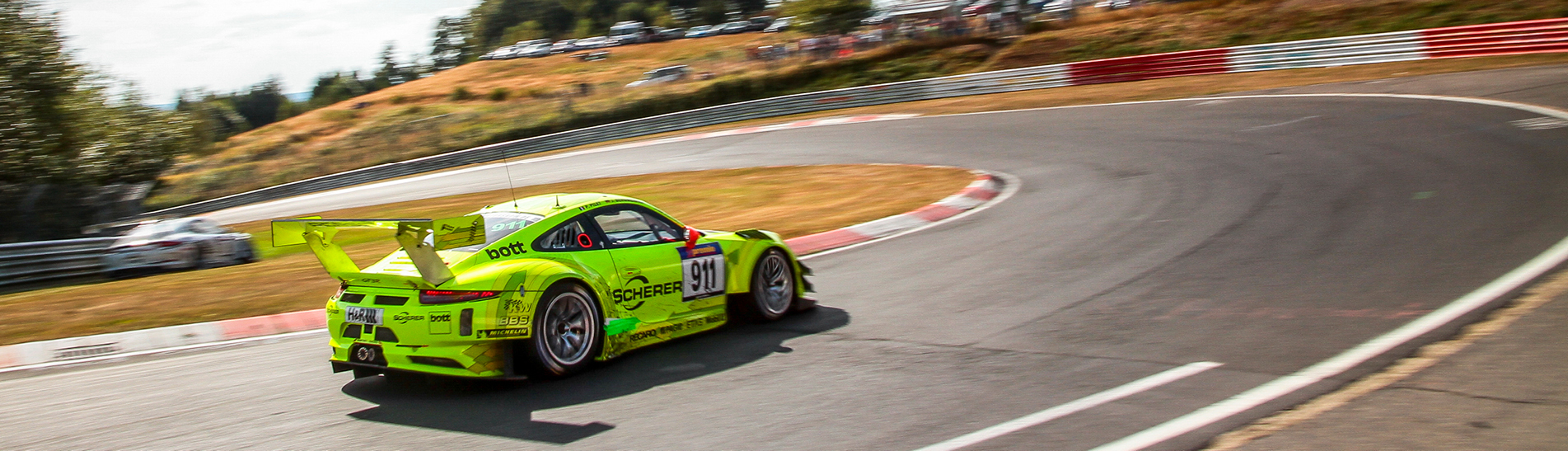 Competition Manthey-Racing Porsche with KW coilovers